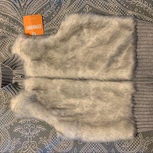 Gymboree Fuzzy Vest -New!